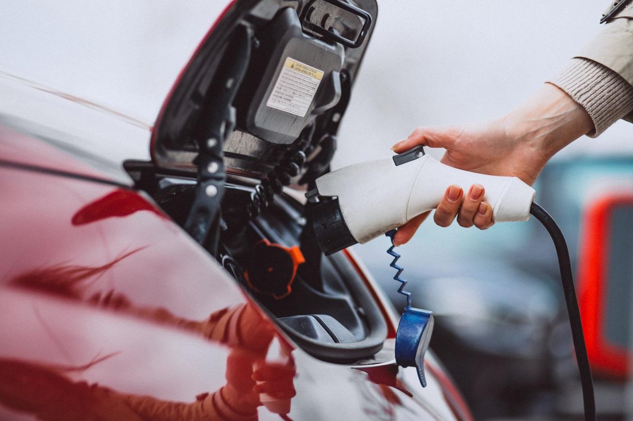 Predaj elektromobilov sa v roku 2020 radikálne zvýši